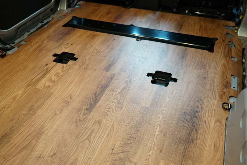 床張り 長尺シートの貼り付け