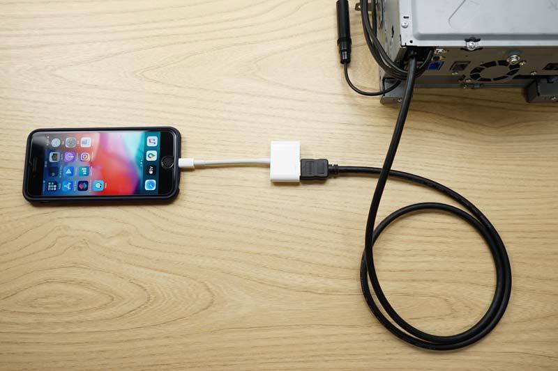 iPhone HDMIでカーナビへミラーリング