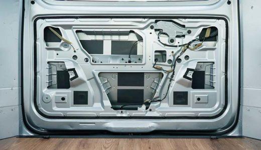 NV200 スライドドア、クォーターパネル、バックドアの制振、断熱材の施工