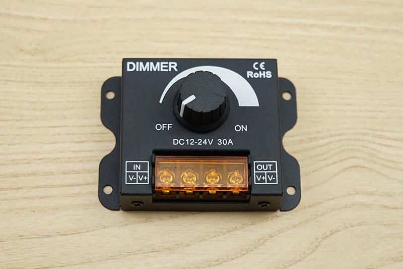LEDダウンライトの調光器
