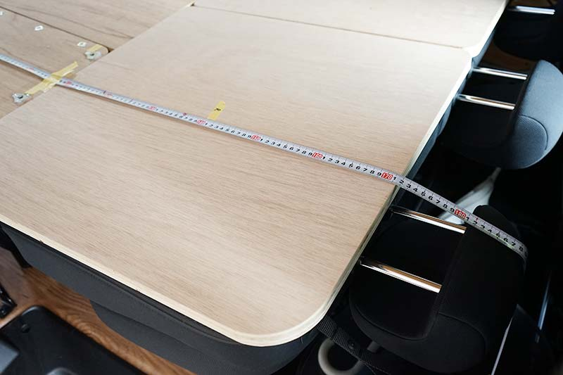 NV200 車中泊ベッドDIY ベッドの全長