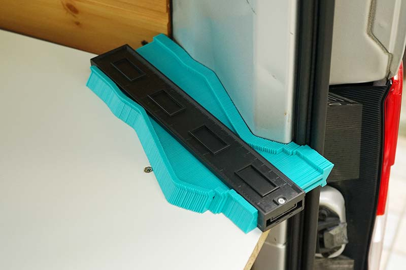 NV200 車中泊ベッドDIY 型取りゲージ