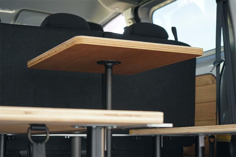 NV200 キャンピングカー テーブル 自作